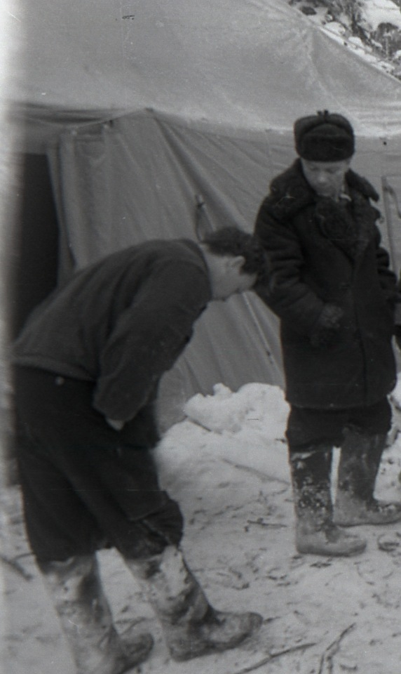 Dyatlov Pass: Analysis of Krivonischenko frame 34