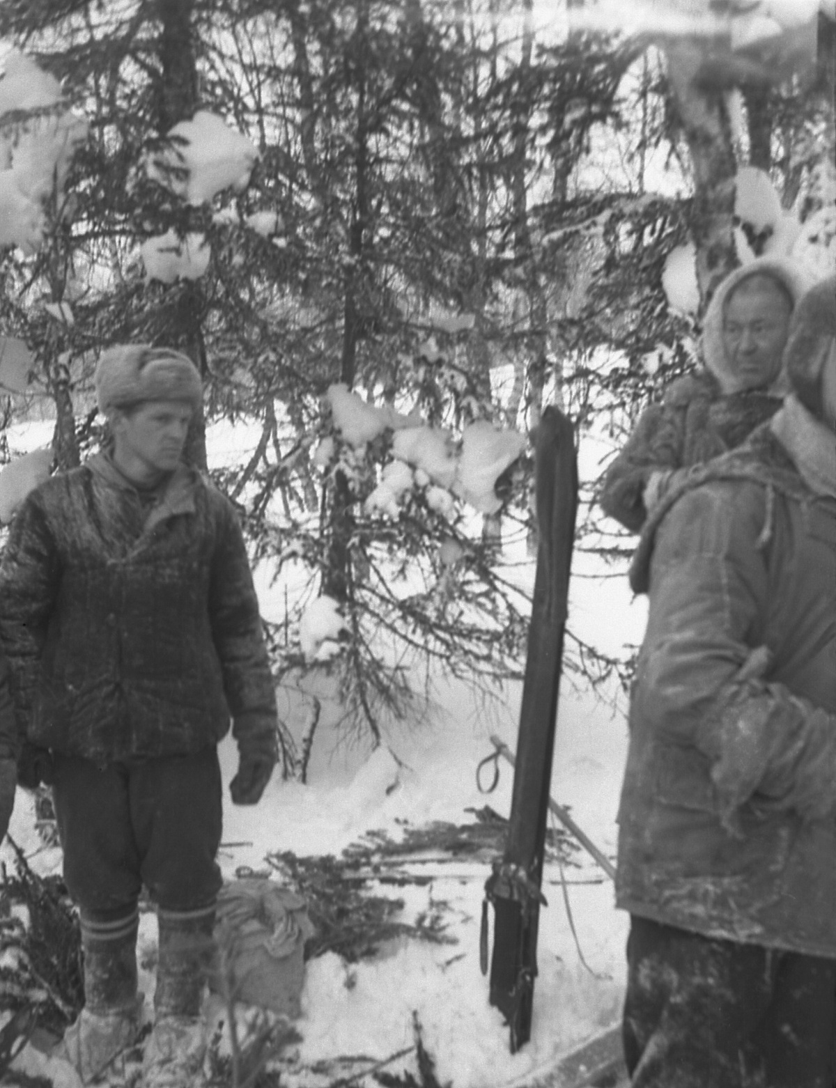 Dyatlov Pass: Slobtsov and Kourikov at Dyatlov group labaz
