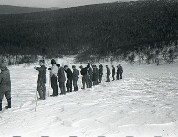 Search on the slope. From the left: Karelin-Maslennikov-Tipikin