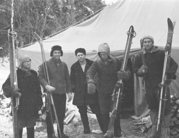 At the searchers camp: Karelin-Tipikin-Nevolin-Akselrod-Atmanaki.