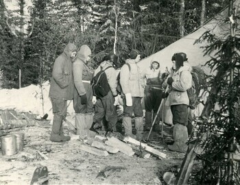 A group of hikers at the tent. ? -? -? - Mertsalov-Krylov-Shkodin-?