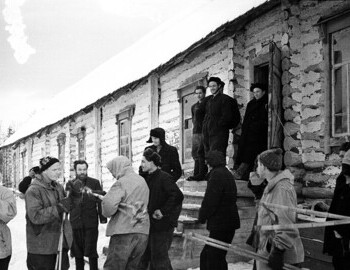 District 41. Preparing to leave. Jan 27. Dubinina, Dyatlov, Zolotaryov, Slobodin, and Thibeaux-Brignolle.