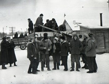 Jan 27 - Vizhay. A group photo of servicemen with part of the Dyatlov and Blinov groups.