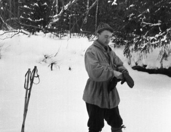 Yuri Krivonischenko and Nikolai Thibeaux-Brignolle exchanged their cameras to shoot each other.