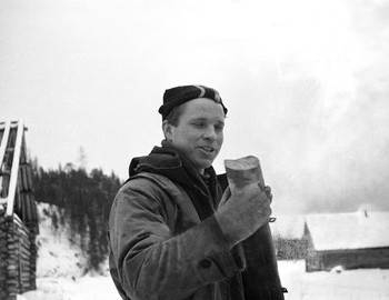 28 Jan 1959 in 2nd Northern settlement - Yuri Yudin holding geological core