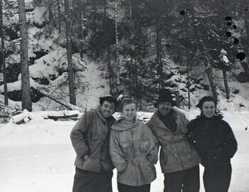 Nikolai Thibeaux-Brignolles, Lyuda Dubinina, Semyon Zolotaryov, Zina Kolmogorova during a break on Lozva river on 28 Jan 1959